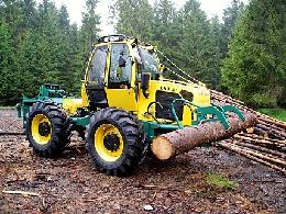 Speciální kolový traktor